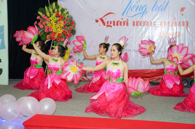 http://file.kinderstar.vn/data/files/images/381-royal_hoat-dong-vui-hoc/vannghe8.jpg